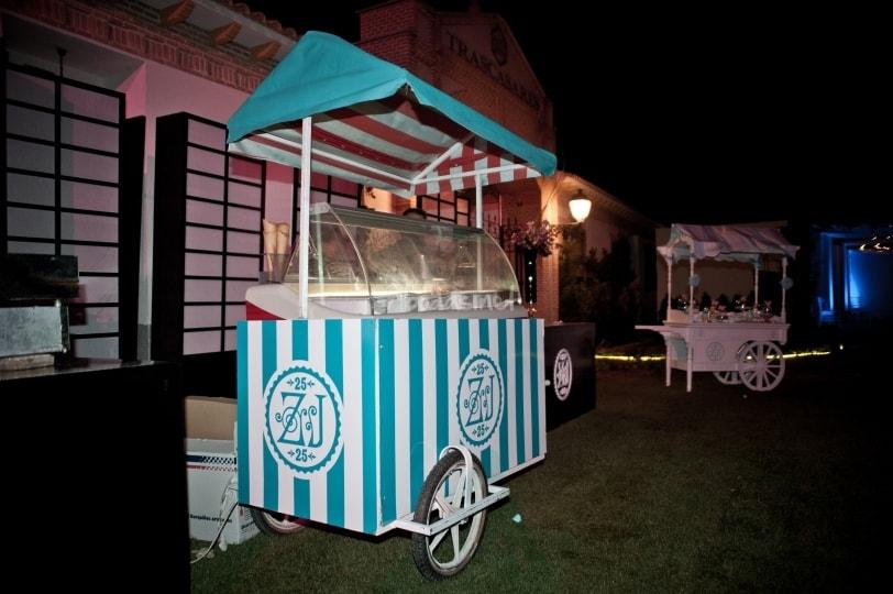 Carrito de helados Bodas Beltran Catering